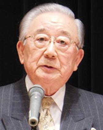 内田 忠男